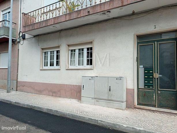 Apartamento -T2 (3 assolhadas)