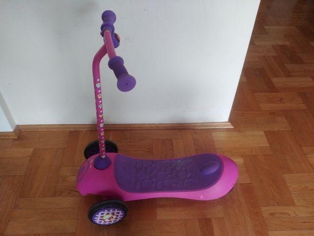 Hulajnoga elektryczna dla dziecka w wieku ok 2-5 lat