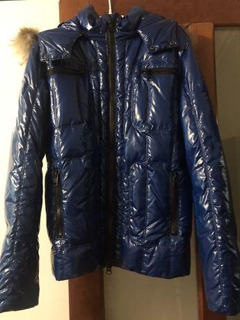 Мужская зимняя курточка-пуховик