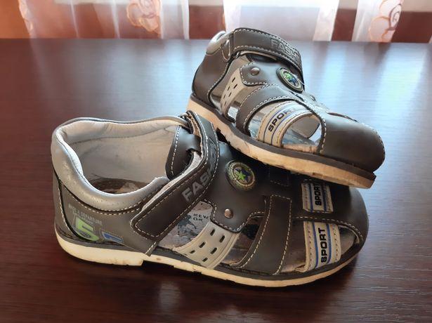 Продам детскую обувь!