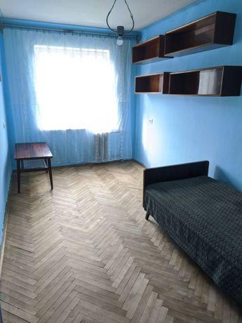 Продаж 3 кім. квартири по вул.Медової Печери