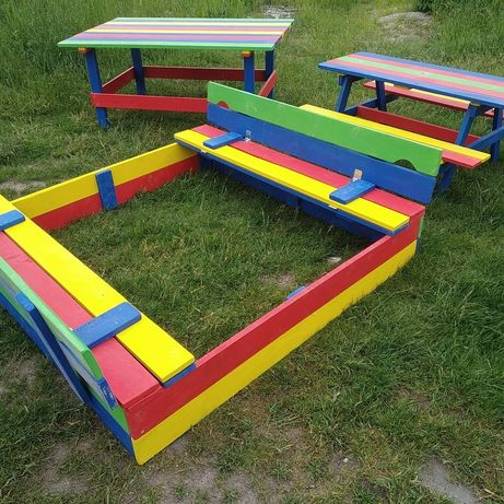 В НАЛИЧИИ!!! Детская песочница с крышкой , детский садовый столик!