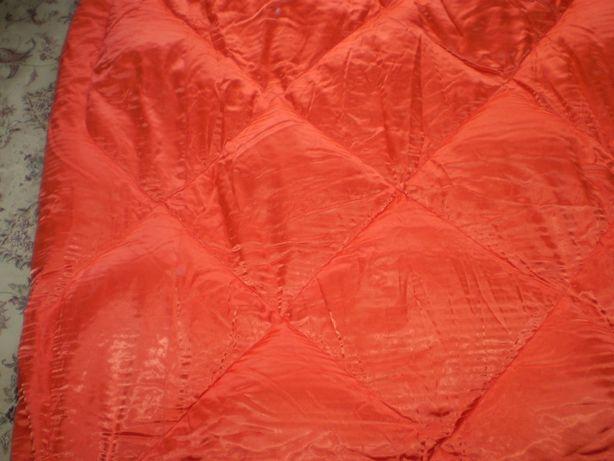 Продам одеяло из натурального пуха.(170*230) СССР