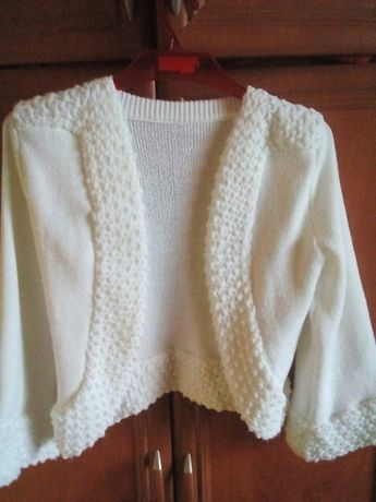 Biały sweterek komunijny