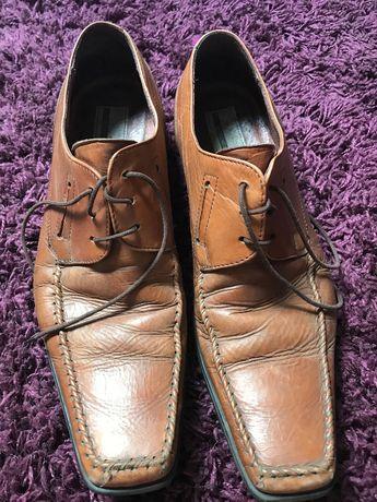 buty pantofle