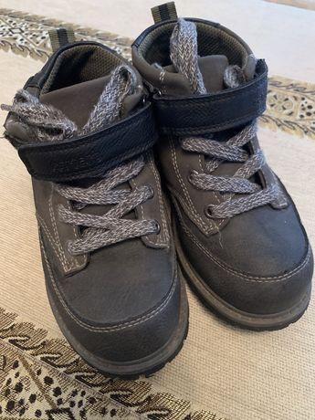 Ботинки Carter's, 28 р