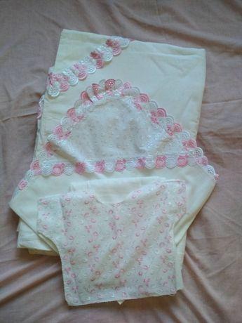 Кружевной набор в роддом для новорожденной