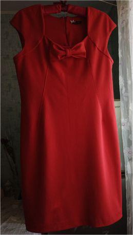 Нарядное платье с бантом р.48