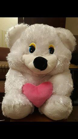 Новая детская мягкая игрушка-МИШКА с сердечком.