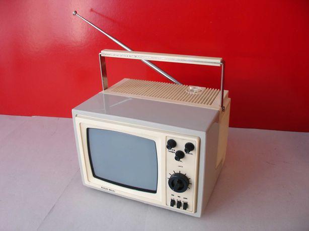 Телевизор CCCР  черно-белый  Silelis 405D-1 . Для коллекции.
