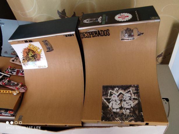 Fingerboard Mega rampa z deskami