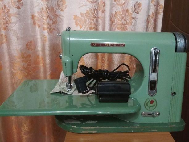 Швейная машинка Fridor (швейна машина)