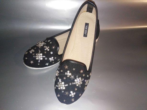 Buty baleriny śliczne nowe czarne.