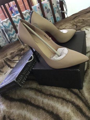 Туфли брендовые кожа новые