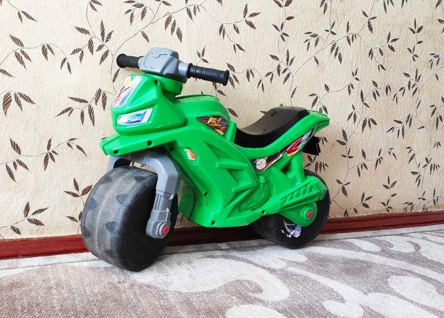 Детский пластиковый мотоцикл Orion toys, толокар, каталка (зелёный)
