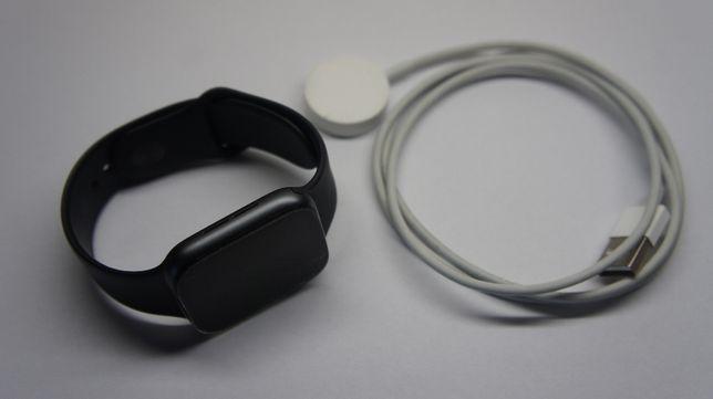 Zegarek Apple Watch Series 4 Aluminium Case Sport Band A1978 M/L 44mm