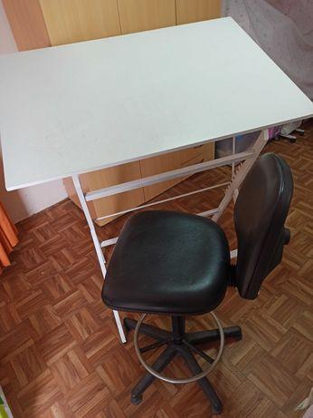 Estirador de desenho + cadeira