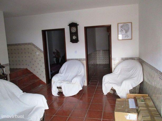 Moradia T3 em Pavia - C/Quintal
