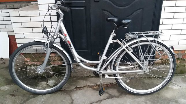 Велосипед мужской, дамский, планетарка.