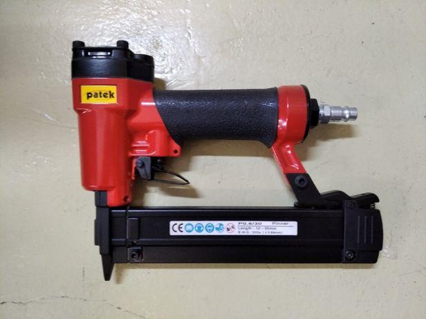 Máquina de Agrafar Patek U-9240L