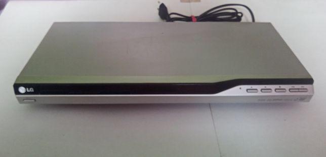 Odtwarzacz LG DVX 276