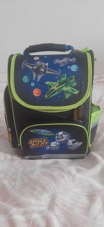 Plecak szkolny dla chłopca
