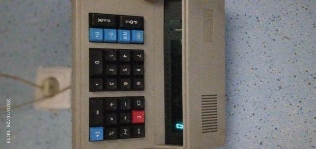 продам калькулятор електронний радянський