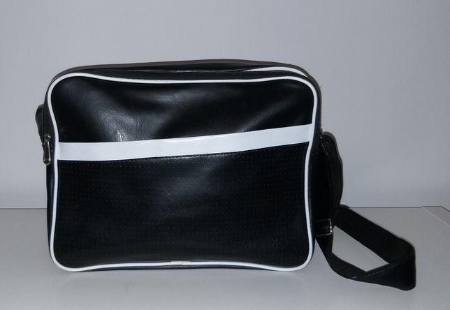 Nowa torebka biało czarna
