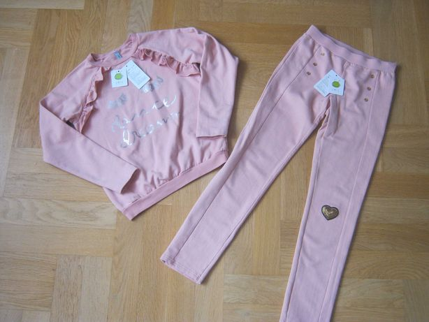 Красивый костюм цвета пудры свитшот брюки Smil р.134