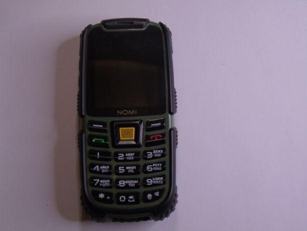 Кнопочний телефон на 2ім карти Nomi i242 X-treme коробка зарядка 600гр