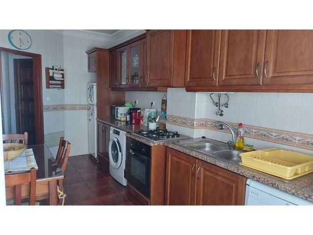 Apartamento T3 | Garagem | Arrecadação