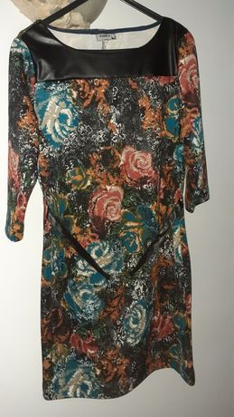Lindos vestidos ( M/L) Portes grátis