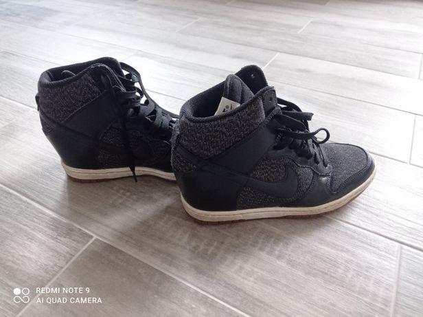Кросовки (кросівки) Nike