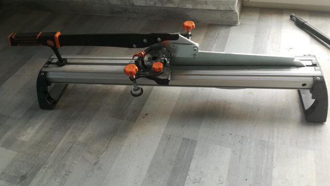 Urządzenie do cięcia drewna 110 zł.