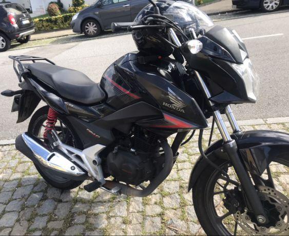Mota Honda CB 125 F 2017