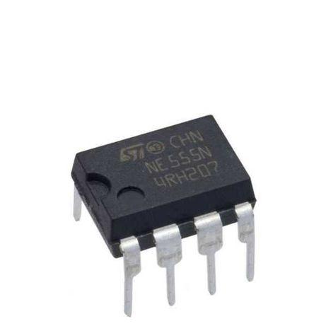 Микросхема NE 555.