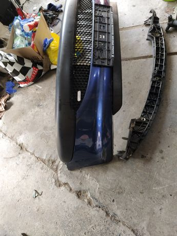 Peugeot 206 zderzak przedni kpl