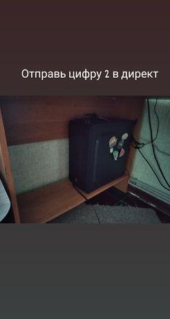 компьютерный угловой стол