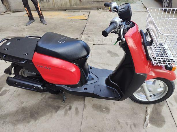 Грузовой скутер Yamaha  Gear