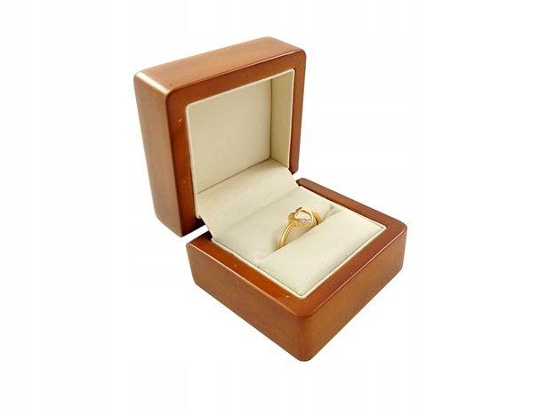 Złoty pierścionek z motywem serca Pr:585 W:1,53g