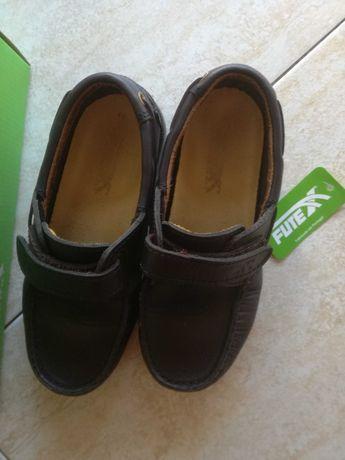 Sapatos vela com velcro n*32