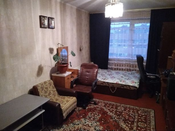 Здам 1-кімнатну квартиру на Озерній, біля озера.
