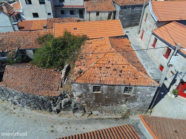 Casa em Pedra na zona do Gerês , estrutura em bom estado