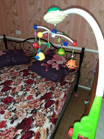 Мобіль на ліжечко з проектором