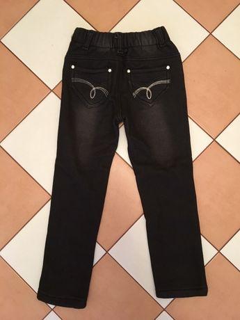 Утепленные джинсы на девочку (6лет)