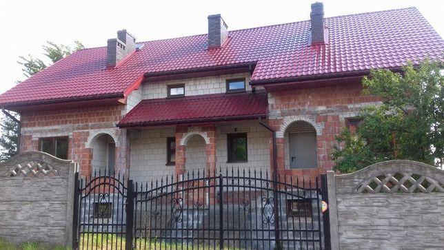 Dom w Kluczach na Jurze Krakowsko-Częstochowskiej