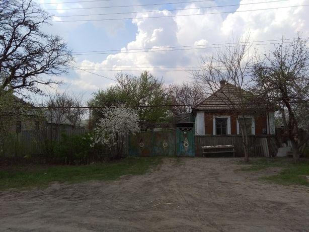 Продам жилой дом(флигель), пгт Георгиевка, Лутугинский р-н