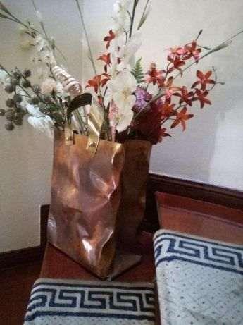 Peça decorativa em cobre