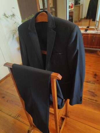 Шикарний чоловічий костюм фірми Marco Menti.Був одягнутий один раз!!!