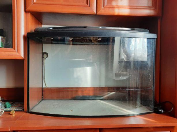 Продам аквариум в отличном состоянии